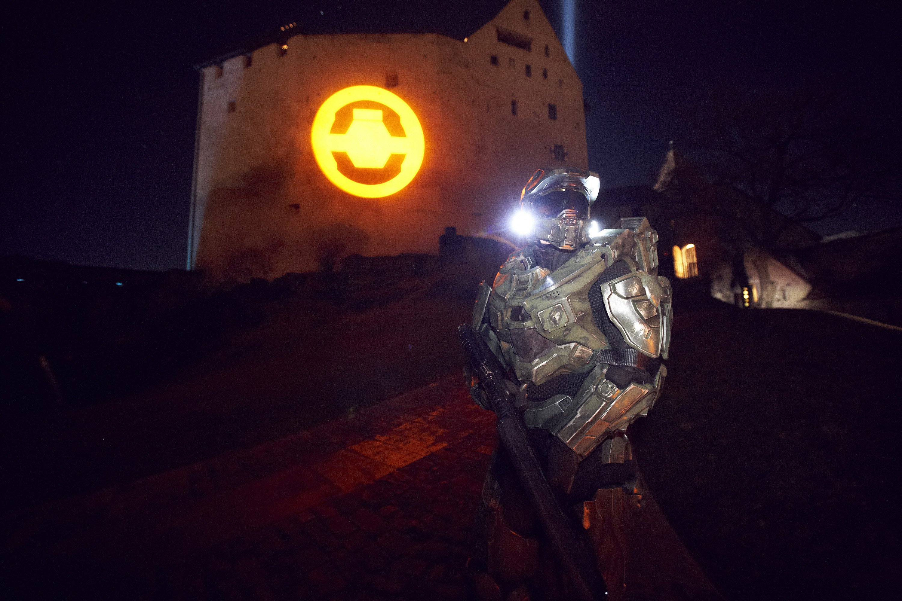 Xbox_360_transforms_Liechtensteins_iconic_Balzers_Castle_(2)