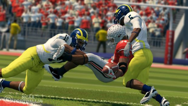 ncaa football 14 gameplay scrn2 1280 Aaron Hernandez to be removed from Madden 25 and NCAA Football 14