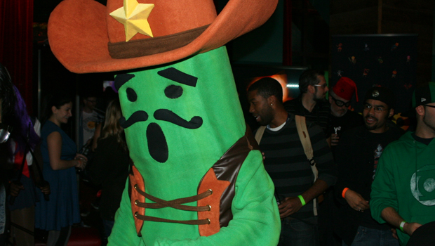 HelloHeroCover Even the cactus was dancing! – NYCC, a costume party, and Hello Hero.