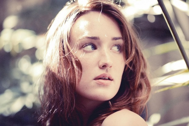 Ashley Johnson Responds to Ubisoft Regarding Women in AC Unity