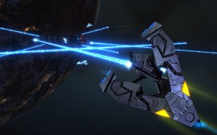 season_6_tholian_vs_freighter