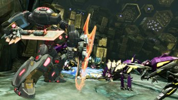 transformers-foc-grimlock-using-his-shield_7