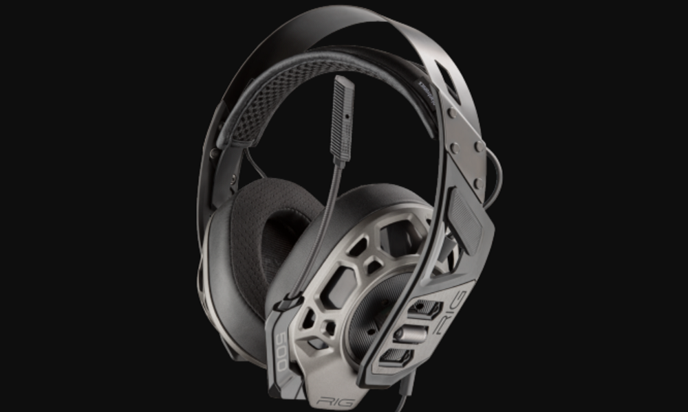 A sound headset surrounding the competition — Plantronics